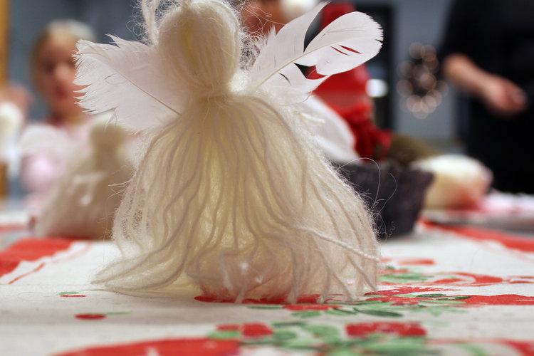 Joulumyyjäiset